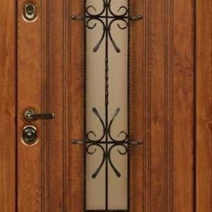 Дверь со стеклом и ковкой DR236